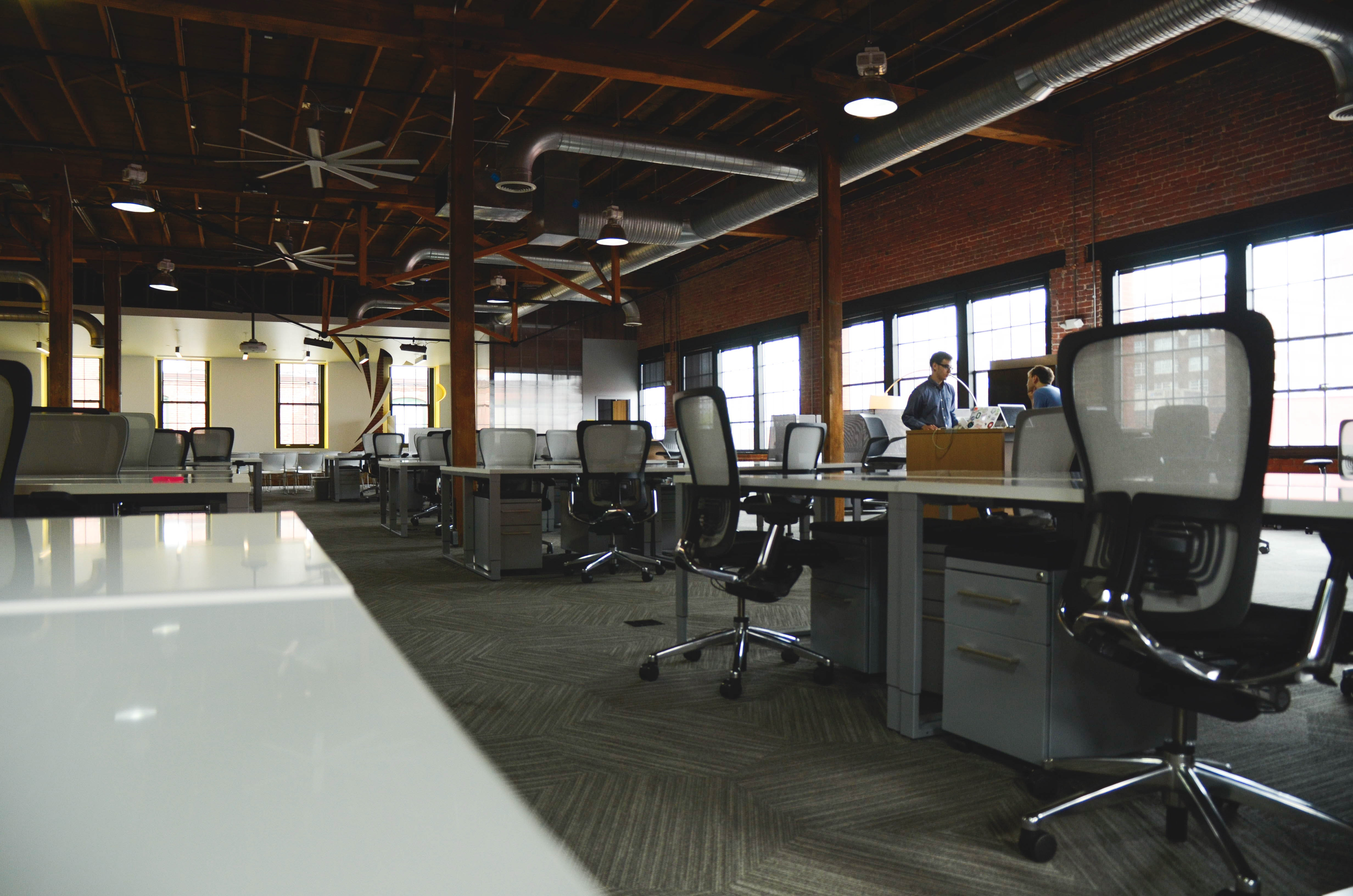 chairs-company-coworking-7070